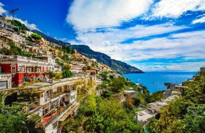 Курортный город Неаполь