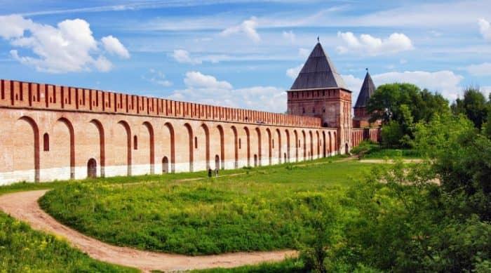 Смоленской крепостной стены