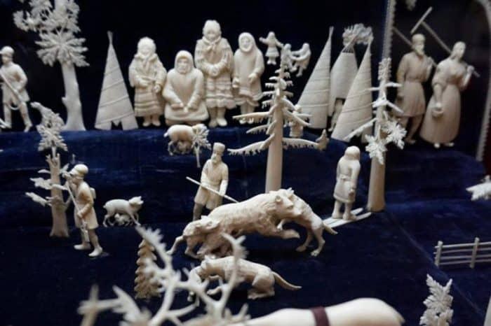 сувениры из кости древних животных
