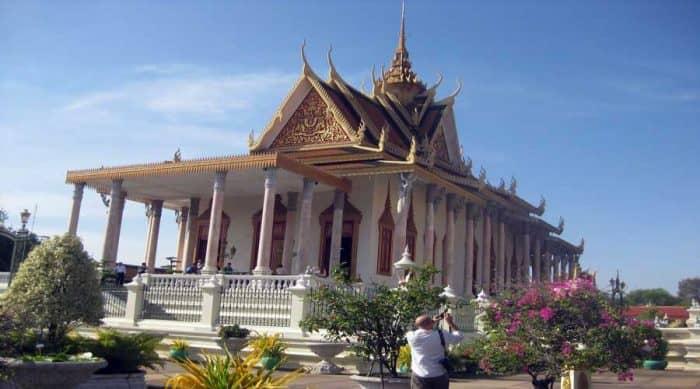 Тур Пномпень